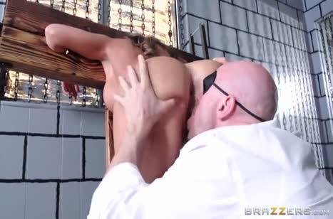 Скриншот Порно видео на телефон №5286 с большими сиськами #4