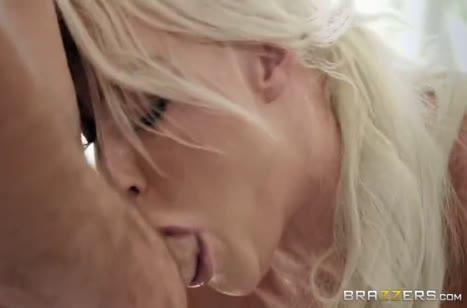 Скриншот Симпотные девушки в лосинах круто трахаются №3550 #4