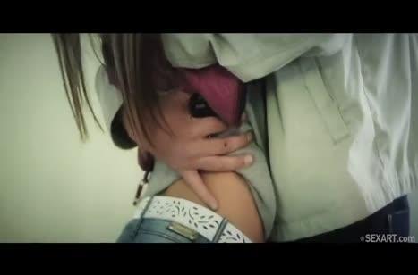 Скриншот Красивую молодую чику дрюкнули до стонов №4316 #1